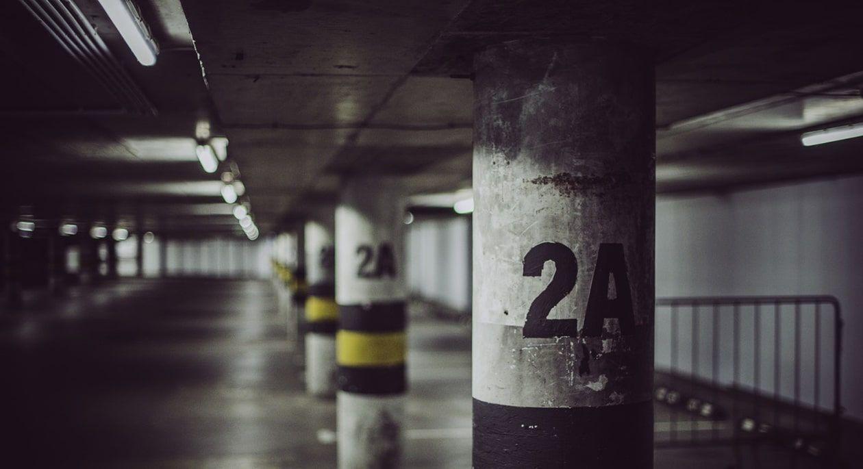 Listado de parkings de aeropuerto en España