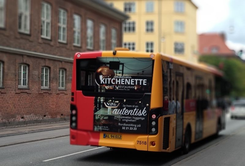 Aeropuerto de Copenhague con bus