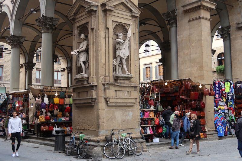 comprar en mercados típicos en Florencia