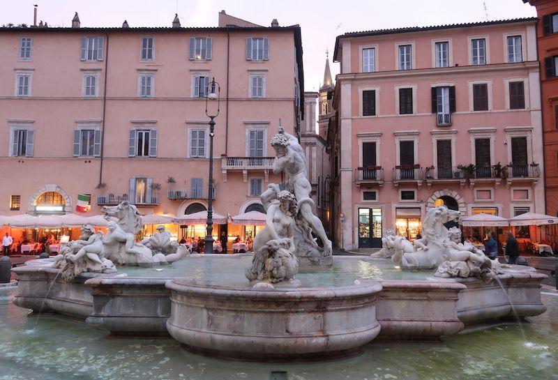 fuentes de neptuno en Roma