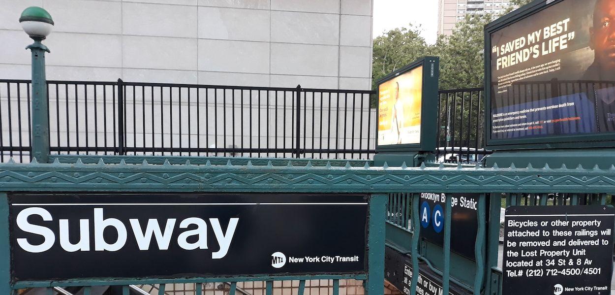 cómo entrar al metro de nueva york