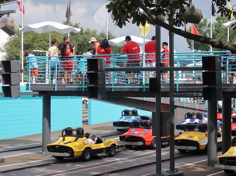 Atracciones en Tomorrowland Orlando