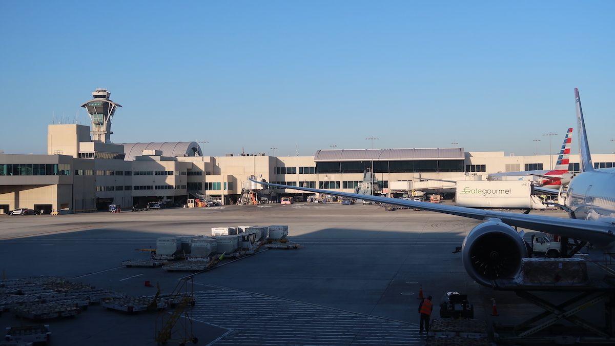 Cómo ir del aeropuerto de Los Ángeles al centro
